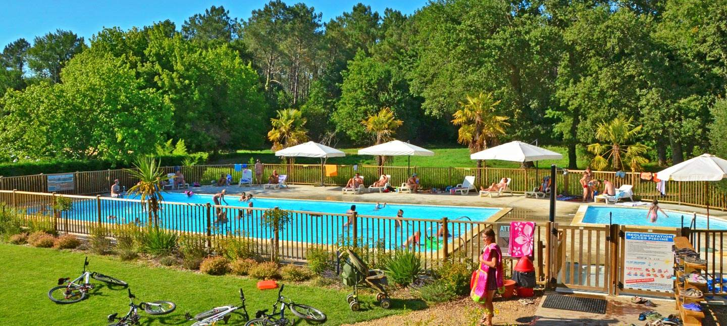Mentions l gales du camping la clairi re for Piscine 75009